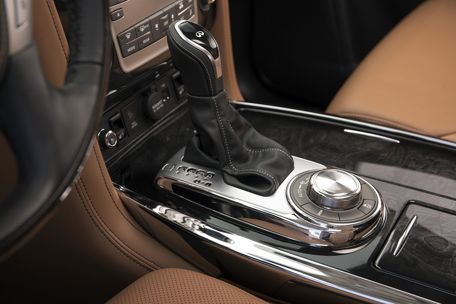 The 2018 INFINITI QX80 stands apart with a refined and spacious cabin that features high-quality materials, a hand-crafted finish, and advanced drive-assist technologies – all combining to promote a sense of inclusive, modern luxury and set new standards for upscale sophistication.