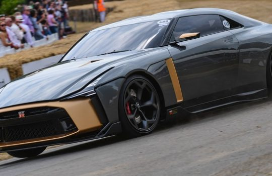 El Nissan GT-R50 debuta en el Good Wood Festival of Speed 2018